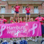 Hamburg wird Pink! Die HSV Blue Devils starten die Brustkrebs Awareness-Kampagne des Mammazentrums Hamburg gemeinsam mit der PR Agentur hesse & hallermann, 31.07.2012 © Martin Zitzlaff www.zitzlaff.com